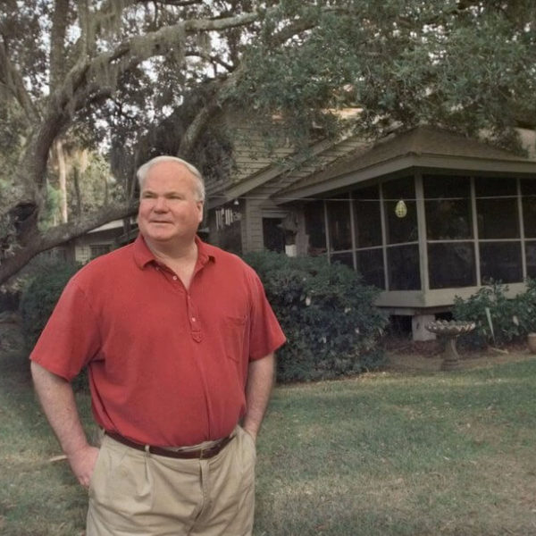 Pat Conroy, Author of 'The Prince of Tides' and 'The Great Santini,' Dies at 70